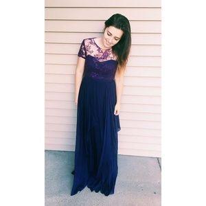 Amethyst Embroidery Short Sleeve Dress